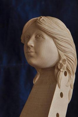 Frauenkopf, andere Seite