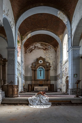 Let your light shine on me (Church of decay)