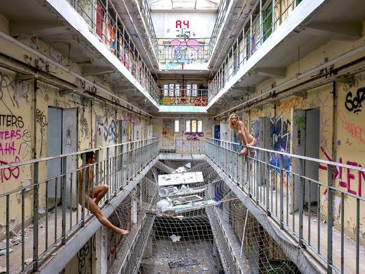 Broken wing (Prison H15)