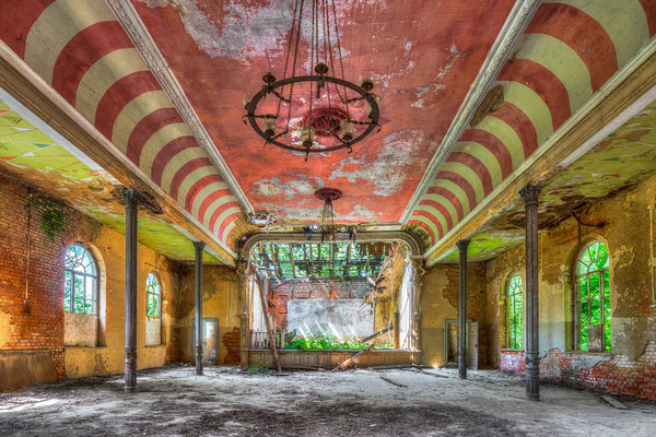 Red ballroom