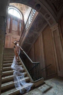 Embraced by the light (Palazzo di L)