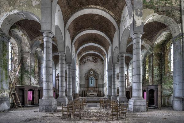 Church of decay (3x2)