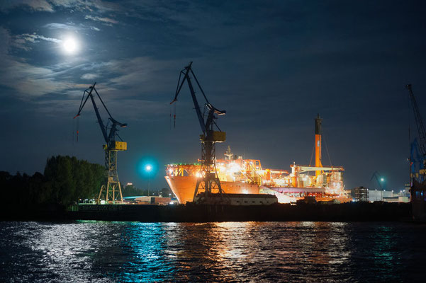 Dock Blohm + Voss