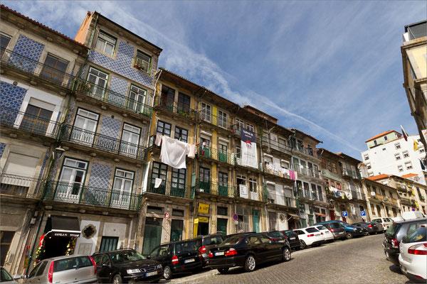 Rua das Taipas, Porto, Portugal