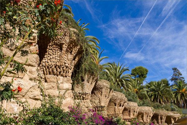 Parc Güell (passage des Palmiers), Barcelone, Espagne