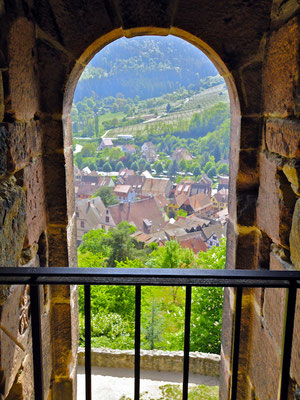 Blick von Turm in Kaysersberg im Elsass.