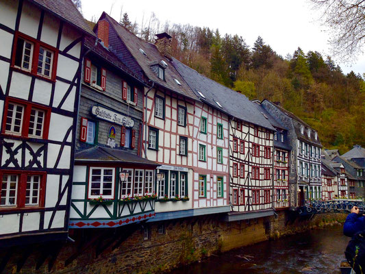Schöne Häuseransichten in Monschau.