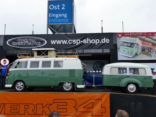 Dort werden einge VWs vorgestellt.