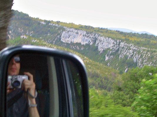 Fahrt über den Mont Blanc in Richtung Provence, Frankreich.