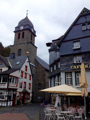 In Monschau, II.