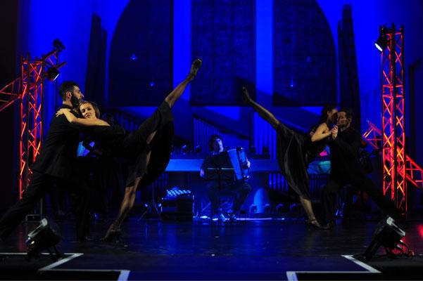 Misa Tango - Choreography: Reveriano Camil - Photo: Marco Piecuch