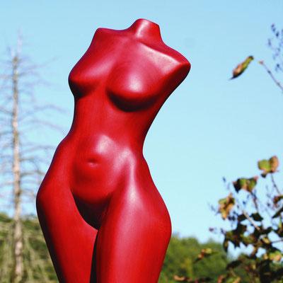 Rot, Linde, gebeizt, Höhe 165 cm