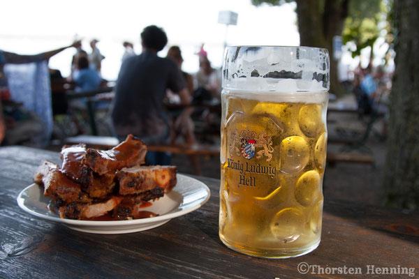 ビールとスペアリブ