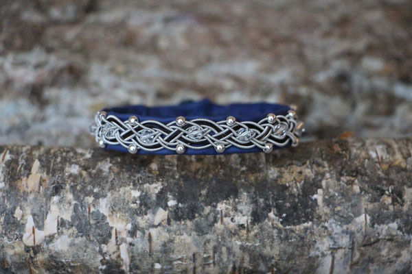 Pferdehaararmband aus Rentierleder, Zinndraht, Schweifhaar, Swarovski- und Silberperlen, 008d-B25-H-PSW-B,  €80,-