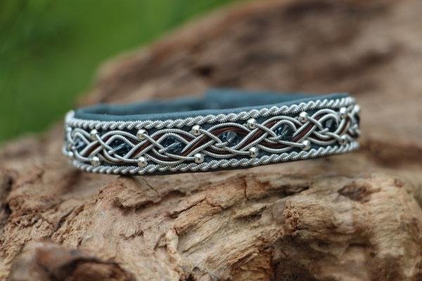 Pferdehaararmband aus Rentierleder, Zinndraht, Schweifhaar, Swarovski- und Silberperlen, 008-B30-SP-H-PSW-X, €75,-