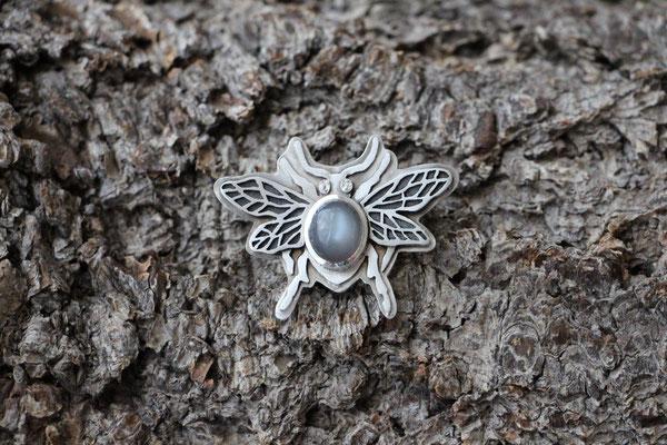 Anhänger Käfer, 925/- Silber, grauer Mondstein, €210,-