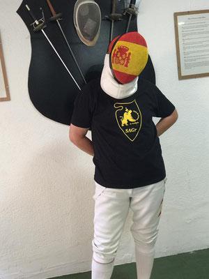 Careta personalizada para Isabel, diseño autorizado por la FIE para competiciones oficiales