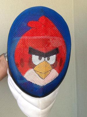 Careta de Davis Pérez Martinez con un Angry Bird, alias pollo