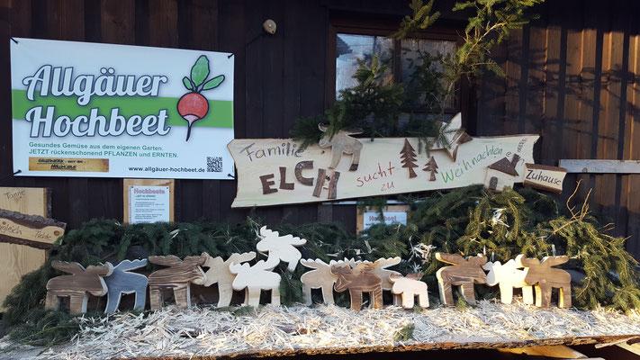 Familie Elch sucht zu Weihnachten ein zu Hause