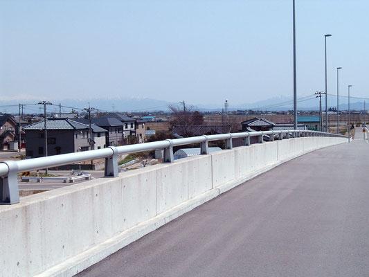 みずき野跨線橋/新潟県
