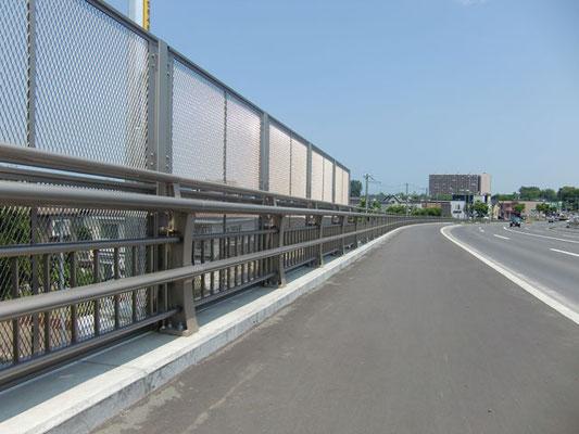 曲長跨線橋 北海道