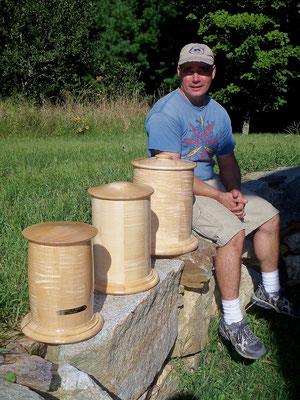 custom wooden containers, memorial urns