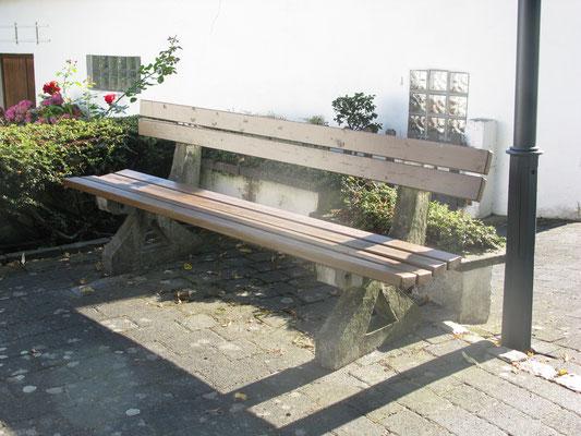 Bank bei Hupperich, Hauptstrasse; Patenschaft: FA Hupperich