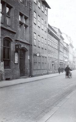 Göttinger Polizeiwache vor dem Umbau des Stadthauses 1935. Foto: Städtisches Museum Göttingen