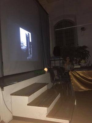 """Rivergaro: Elisabetta Fanzola con """"Il medioevo tra storia e Folklore"""" e Federica Zozzoli Santini con video """"Viaggi, immagini e visioni"""""""