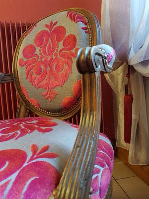 Le Champ du Pré - Chambres d'hôtes entre Sologne et Val de Loire - Week-ends et vacances en amoureux ou en famille - Chambre lits 160