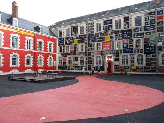 Le Champ du Pré - Chambre d'hôtes Sologne Val de Loire - A visiter : La Fondation du Doute de Blois