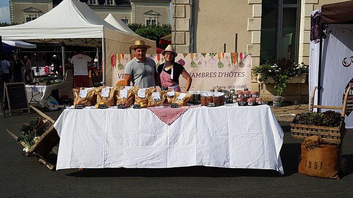 Le Champ du Pré - Chambres d'hôtes entre Sologne et Val de Loire - Marché de producteurs Chabris - SCEA BLAMATINE