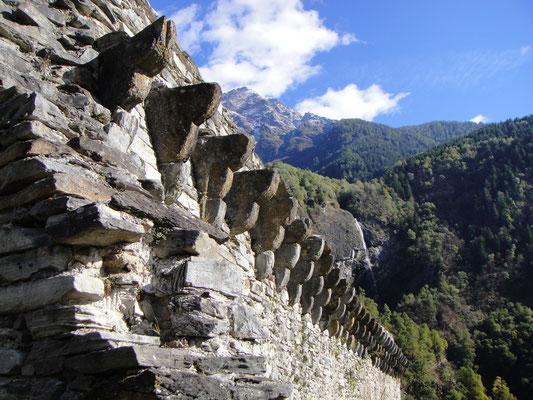 Castello Mesocco Mauer