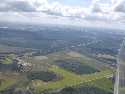 Segelfluggelände Terlet vom Kranich III aus gesehen.