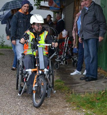 Trotz Handicap mit dem Handbike super mobil. Foto F. Elster