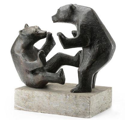Spielende Bären, 1977