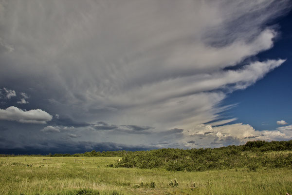 Land of Living Skies! Gewitter an der Grenze zu Alberta