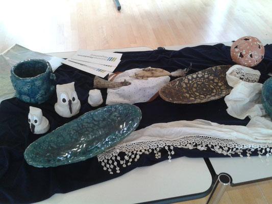 Keramiken im Workshop 2016 von Teilnehmerinnen gefertigt