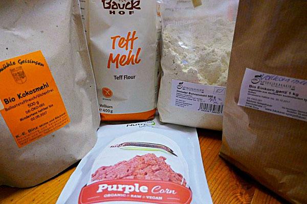 glutenfreie Mehle - Kokosmehl, Teffmehl, Lila-Maismehl, Bohnenmehl, Einkorn (glutenarm)