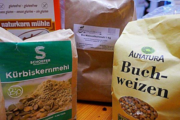 glutenfreie Mehle - Kürbiskernmehl, Maismehl, Buchweizen