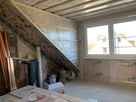 Alle Wände werden fachmännisch mit einer ausreichenden Dämmung verkleidet.