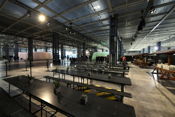 welcome-net Stuttgart, Event-Agentur, Mercedes-Benz Sindelfingen, Set-Up in Rohbauhalle