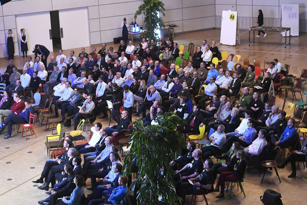 welcome-net, Eventorganisation Stuttgart, Führungskräfte-Veranstaltung, Plenum im Mercedes-Event-Center