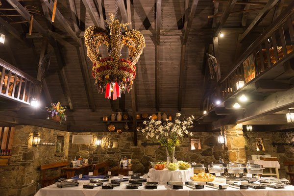 welcome-net Stuttgart, Full-Service-Agentur, zünftiges Abendessen, kreative Tischdekoration