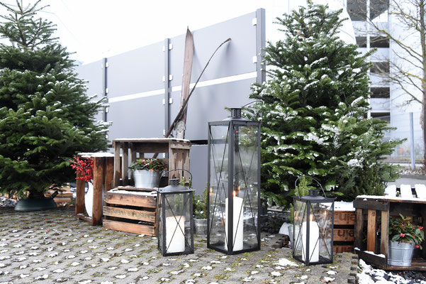 welcome-net Stuttgart, Eventagentur, kreatives Set-Up Weihnachtsmarkt im Mercedes Event Center Sindelfingen