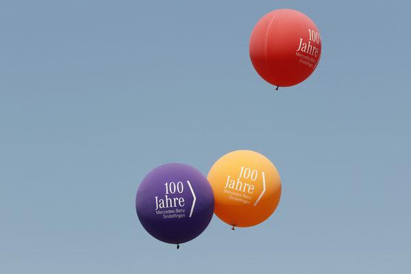 welcome-net Stuttgart, Eventmanagement, Großveranstaltung, Sindelfingen bei Stuttgart, Familienfest, Mitarbeiterfest, große Deko-Luftballons