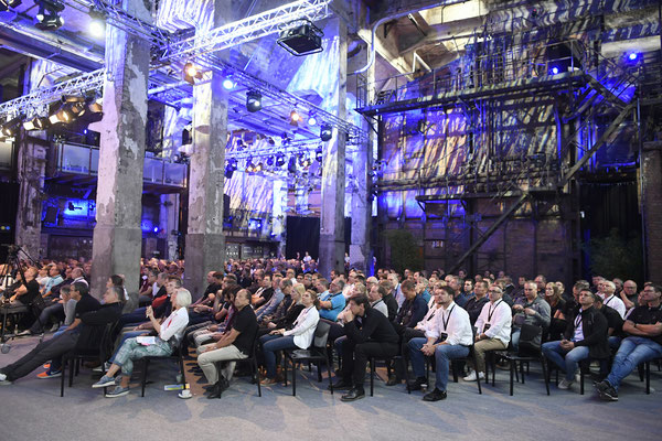 welcome-net, Eventagentur Stuttgart, Plenum im Kolossaal Kraftwerk Rottweil