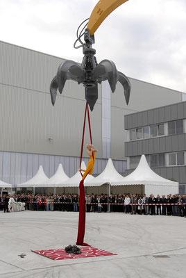 welcome-net, Eventmanagement Stuttgart, Kundenveranstaltung Liebherr, Vertikaltuchakrobatik