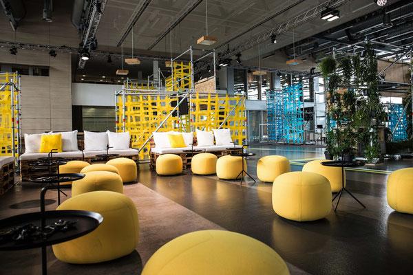 welcome-net, Stuttgart Eventmanagement, Informationsveranstaltung, moderne Sitzecke