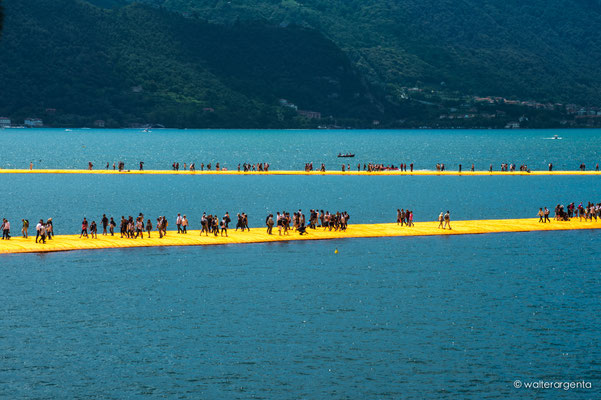 Lago d'Iseo - The Floating Piers - Christo 2016